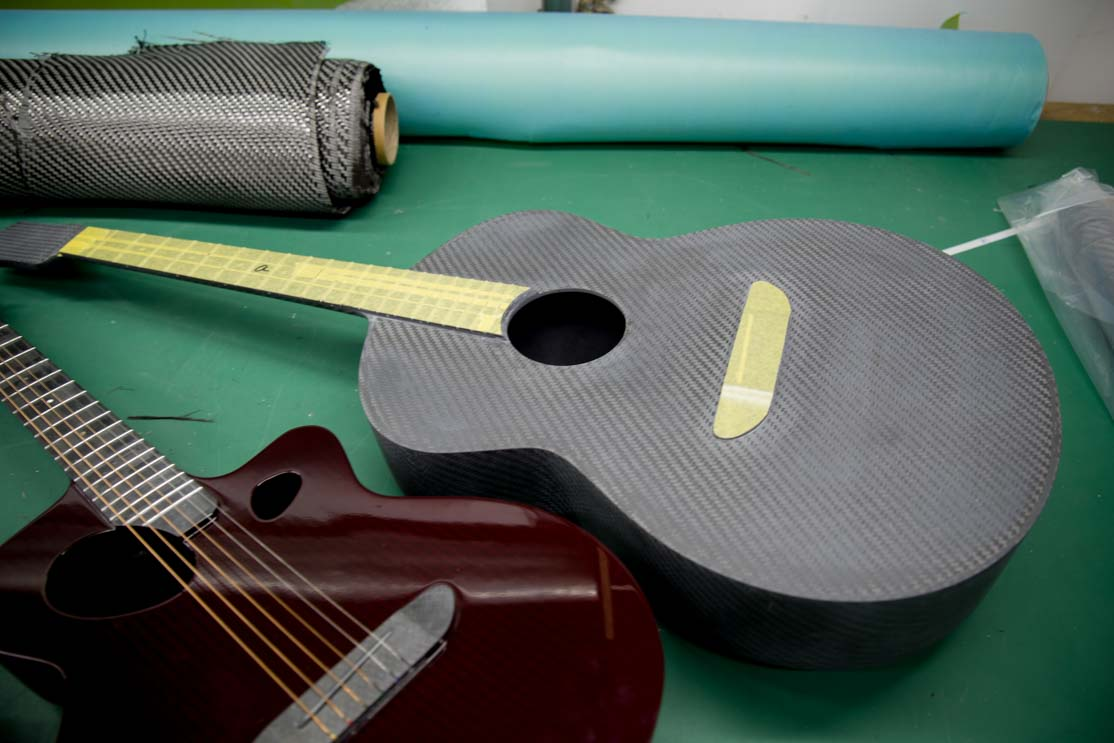 sumimaru_guitar_factory02