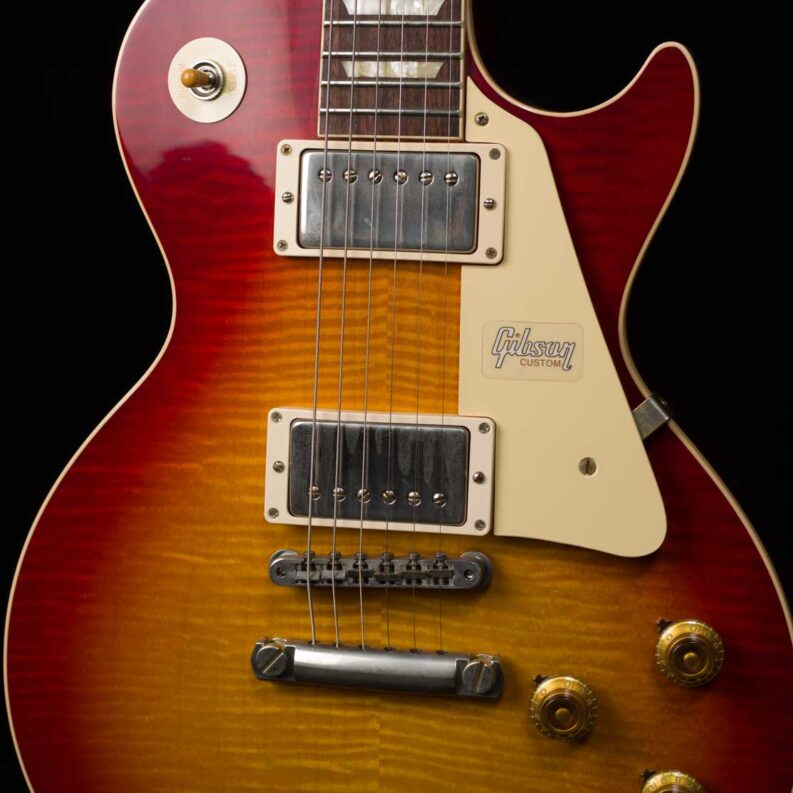 60th Anniversary 1960 Les Paul Standard Version 1 VOS (Deep Cherry Sunburst)